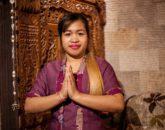 Массажистка в салоне Бали