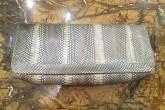 Серый клатч из кожи змеи