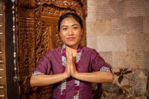 Яни мастер массажа в салоне Бали